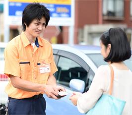 名古屋市西区の鍵屋スタッフが現場で無料お見積りいたします